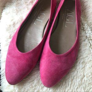 AGL Atillio Giusti Leombruni Pink Suede Flat 38/8